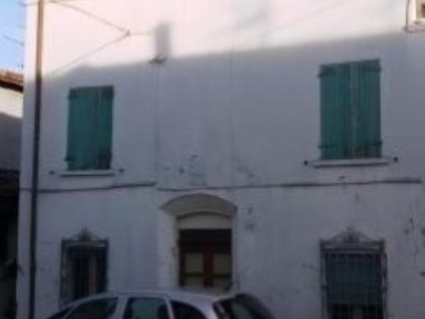 Immobile in vendita a Cesena, 300 mq