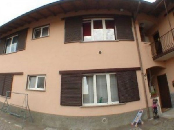 Appartamento in vendita a Busto Garolfo, Centro, 70 mq