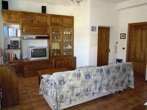 Appartamento in vendita a Recco, Comodo Centro, 80 mq