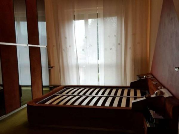 Appartamento in vendita a Gallarate, Centro, Arredato, con giardino, 65 mq - Foto 20