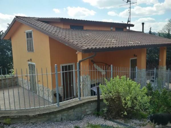 Villa in vendita a Perugia, 250 mq