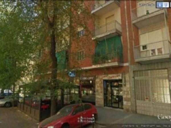 Locale Commerciale  in affitto a Torino, Madonna Di Campagna, Borgo Vittoria, Barriera Di, 45 mq