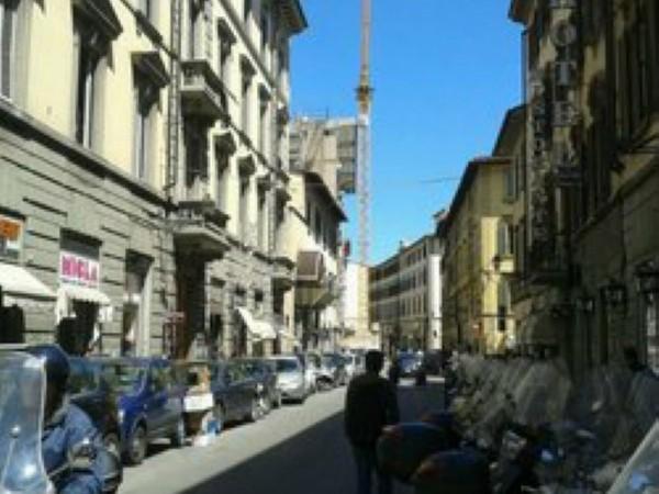 Locale Commerciale  in vendita a Firenze, Stazione, Arredato, 700 mq - Foto 1