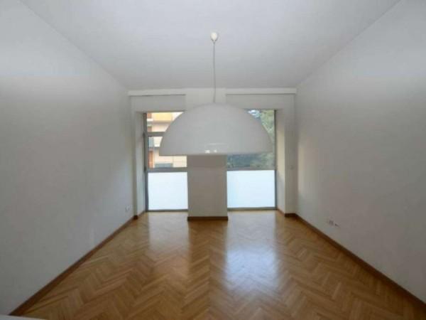 Ufficio in vendita a Milano, 540 mq
