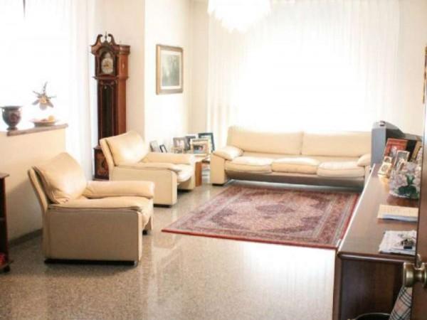 Appartamento in vendita a Taranto, Residenziale, Con giardino, 128 mq