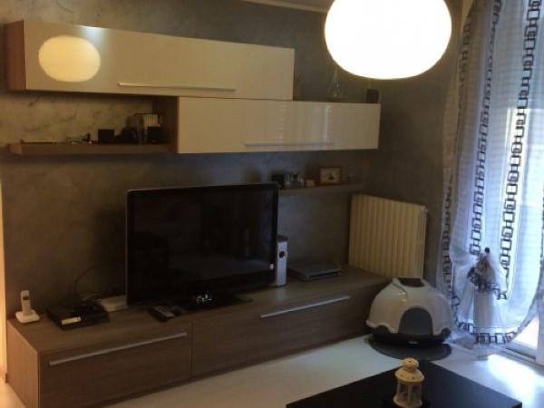Appartamento in vendita a Magenta, Ospedale, Arredato, 82 mq