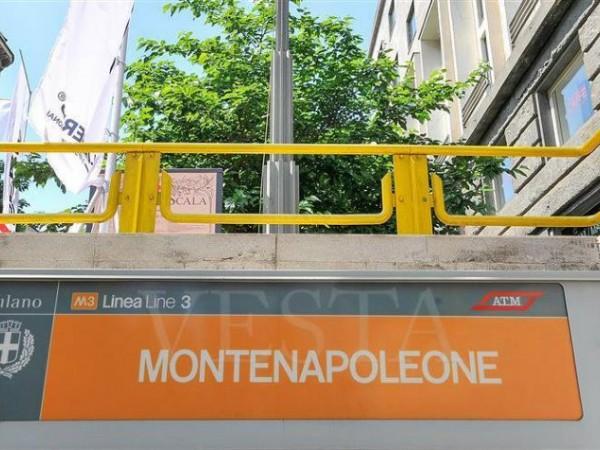 Appartamento in vendita a Milano, Piazza Cavour - Montenapoleone - Centro Storico, 242 mq