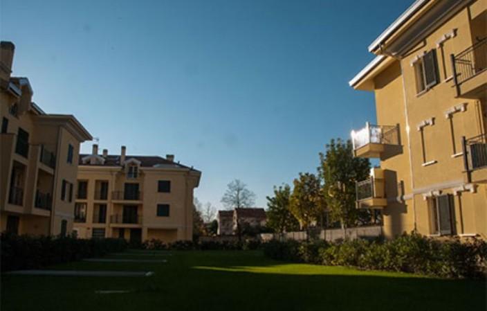 Appartamento in vendita a Legnano, San Bernardino, 145 mq - Foto 1