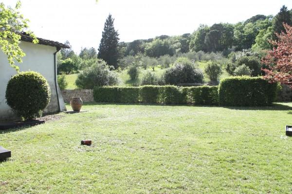 Rustico Casale In Vendita A Impruneta Con Giardino 650