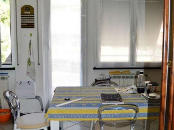 Appartamento in vendita a Recco, Centrale, Con giardino, 140 mq