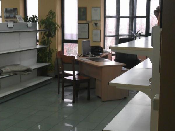 Ufficio in vendita a Modena, 120 mq