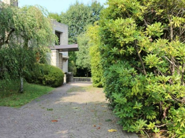 Villa in vendita a Bernareggio, Con giardino, 520 mq - Foto 1