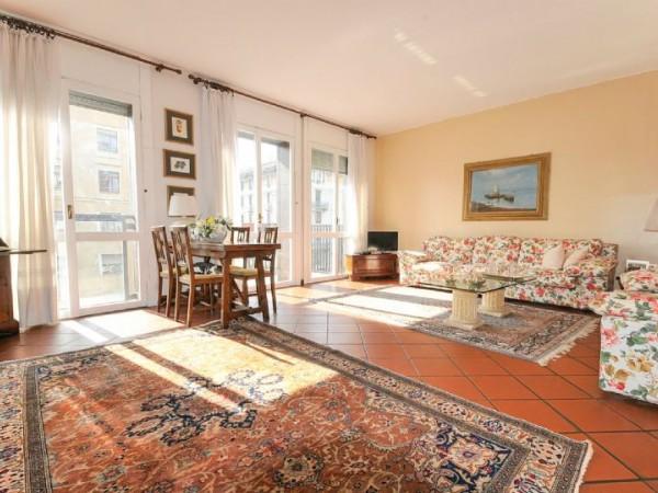 Appartamento in vendita a Milano, Plebisciti - Compagnoni - Buenos Aires, Indipendenza, P.ta Venezia, 150 mq