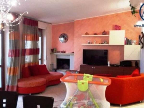 Appartamento in vendita a Caserta, 105 mq