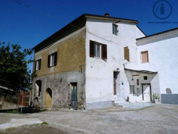 Appartamento in vendita a Sant'Agata de' Goti, 160 mq - Foto 1