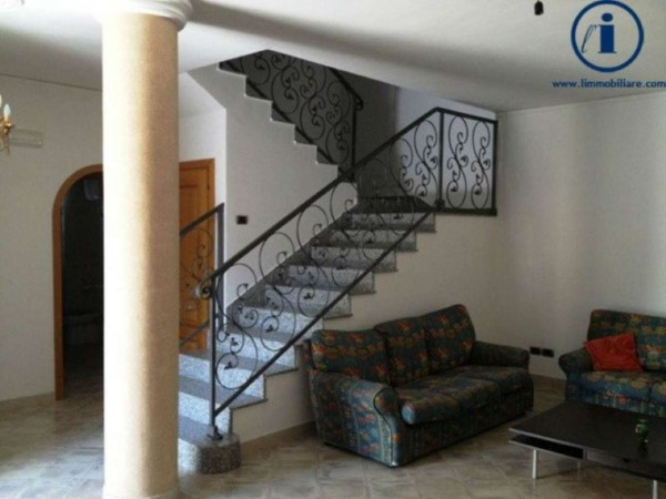 Villa in vendita a Casagiove, Casagiove, 280 mq - Foto 1