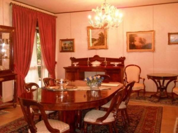 Appartamento in vendita a Caserta, Centro Storico, 160 mq