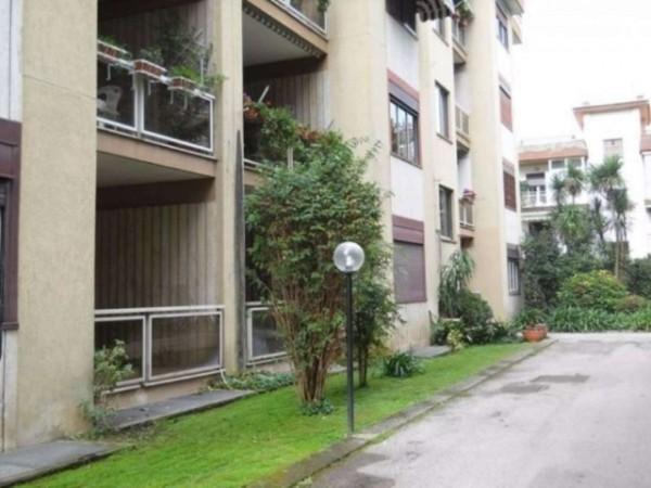 Appartamento in vendita a Caserta, Centro Storico, 160 mq - Foto 2