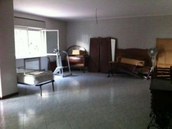 Appartamento in vendita a Caserta, Petrarelle, 150 mq - Foto 2