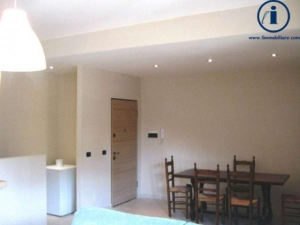 Appartamento in vendita a Caserta, Centro Storico, 65 mq