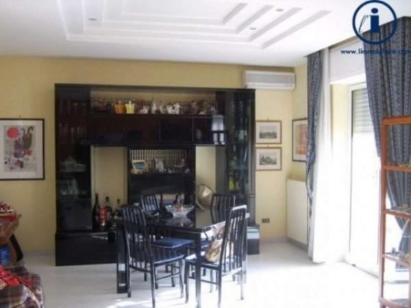 Appartamento in vendita a Caserta, Lincoln, 160 mq