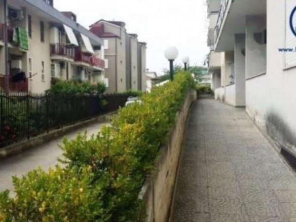 Appartamento in vendita a Caserta, Petrarelle, 105 mq - Foto 6