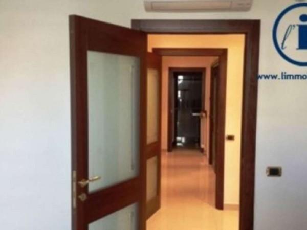 Appartamento in vendita a San Nicola la Strada, 270 mq - Foto 2