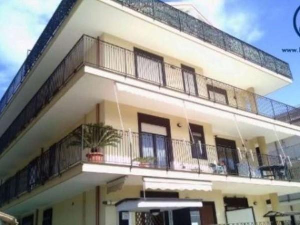Appartamento in vendita a San Nicola la Strada, 80 mq - Foto 3