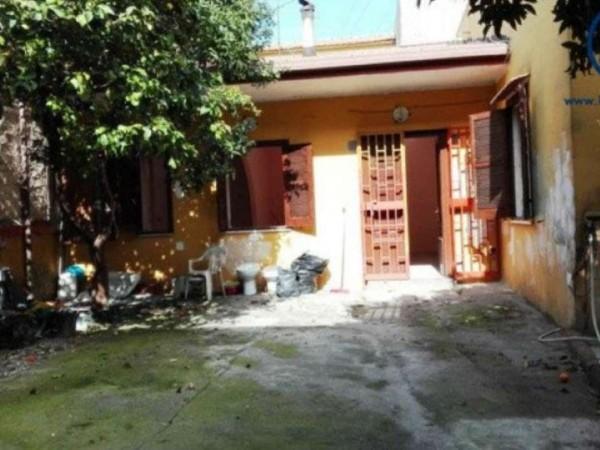 Casa indipendente in vendita a Cancello ed Arnone, 80 mq
