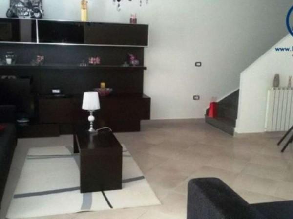 Appartamento in vendita a Caserta, 160 mq