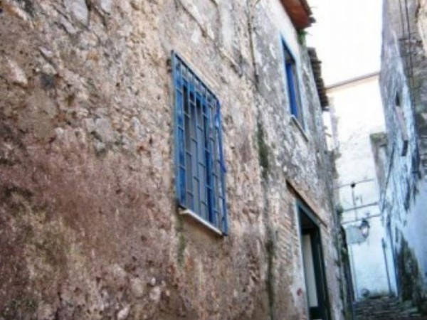 Casa indipendente in vendita a Francolise, 90 mq
