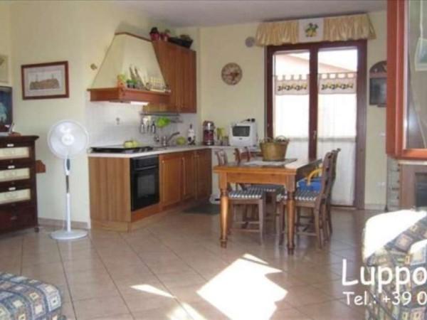 Appartamento in vendita a Monteroni d'Arbia, 80 mq