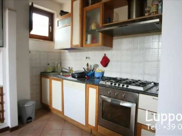 Appartamento in vendita a Siena, Con giardino, 100 mq - Foto 2