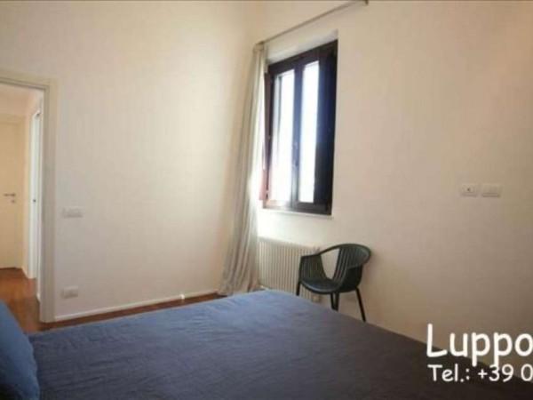 Appartamento in vendita a Siena, Arredato, 150 mq - Foto 2