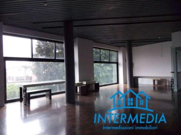 Locale Commerciale  in vendita a Rozzano, Con giardino, 3200 mq - Foto 19