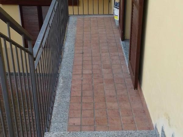 Appartamento in vendita a Caronno Pertusella, Arredato, 67 mq - Foto 2