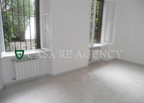 Appartamento in vendita a Varese, Con giardino, 50 mq