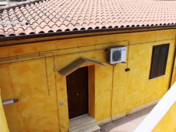 Villa in vendita a Roma, Boccea Palmarola Villino E 165.000, Con giardino, 75 mq