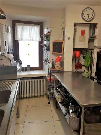 Locale Commerciale  in vendita a Aosta, Centro Storico, Arredato, 140 mq - Foto 4