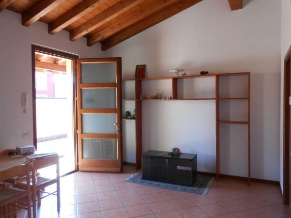 Appartamento in vendita a Trescore Cremasco, Centro, 63 mq