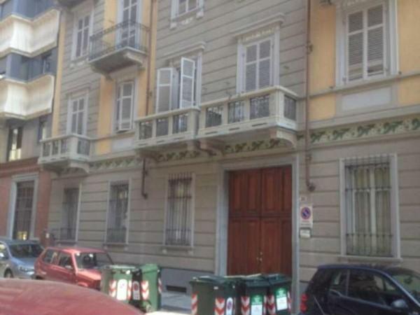 Locale Commerciale  in affitto a Torino, Crocetta, 30 mq