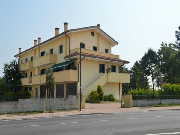 Appartamento in vendita a Caorle, Arredato, 108 mq