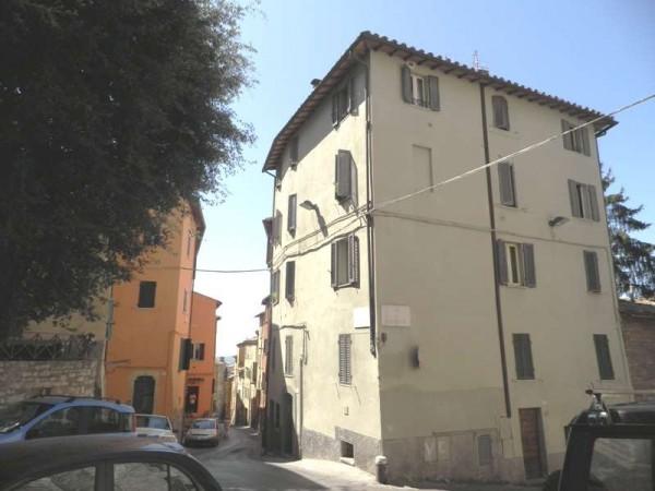 Appartamento in vendita a Perugia, Centro Storico, 85 mq
