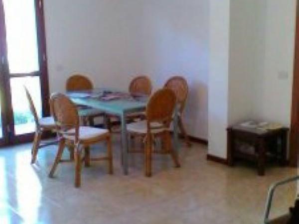 Appartamento in vendita a Cinisello Balsamo, Con giardino, 70 mq