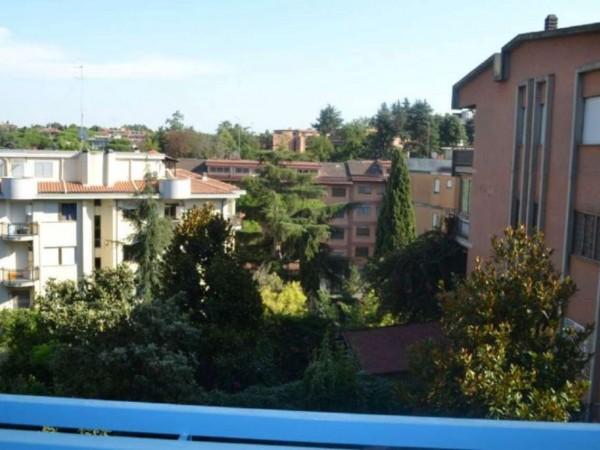 Appartamento in vendita a Roma, Torrino, 85 mq