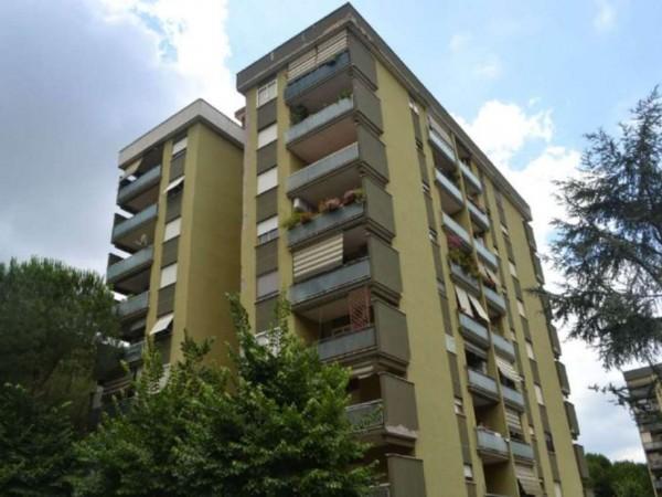 Appartamento in vendita a Roma, Torrino, 80 mq