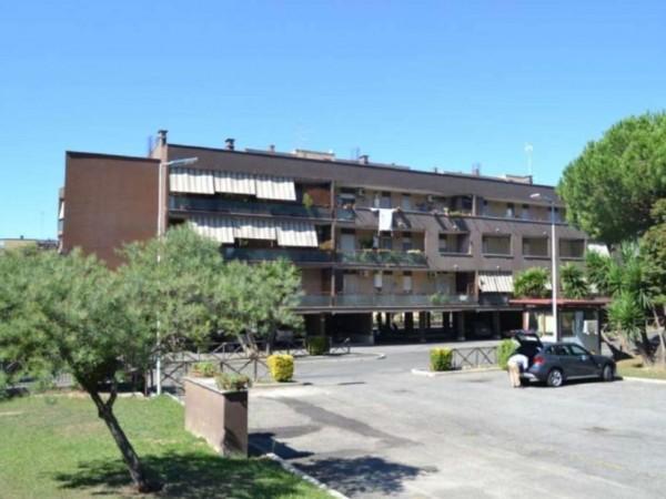 Appartamento in vendita a Roma, Acilia, 70 mq