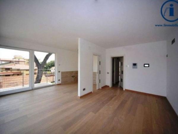 Appartamento in vendita a Camaiore, 110 mq