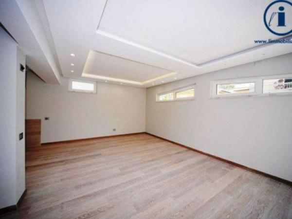 Appartamento in vendita a Camaiore, 150 mq - Foto 1