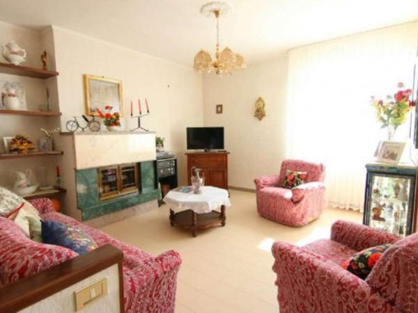 Appartamento in vendita a Taranto, Residenziale, 120 mq
